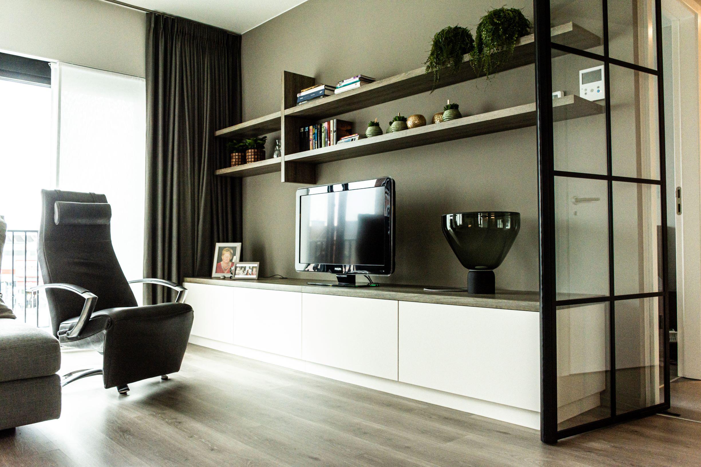 woonkamer tvkast schappen