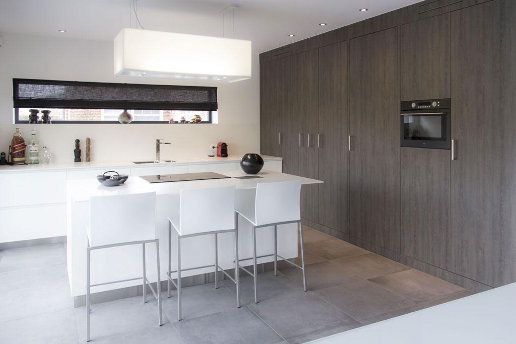 Keuken Modern Open : Strakke open keuken in laminaat